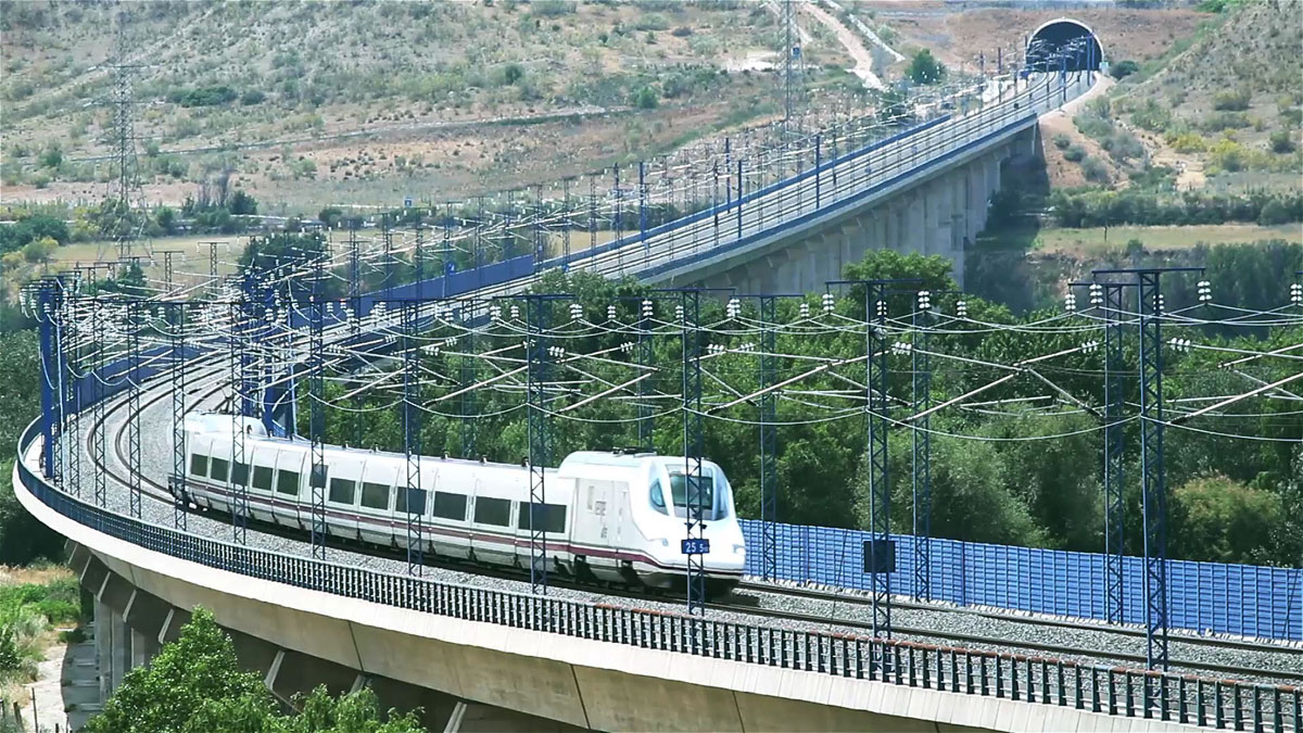 Viaducts over Jarama river for Madrid–Barcelona high-speed rail line (Spain)